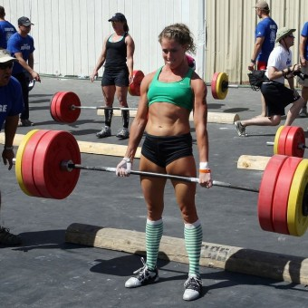 female-weightlifter-340x340